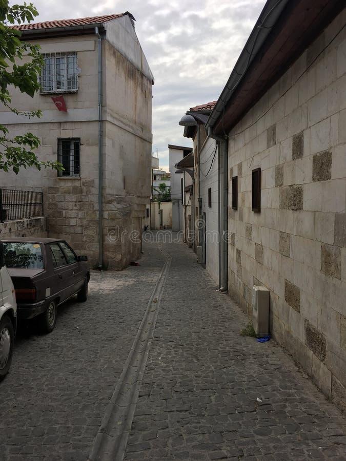 GAZIANTEP, TURQUÍA - 11 DE MAYO DE 2019: Calles estrechas antiguas de Gaziantep imagen de archivo libre de regalías
