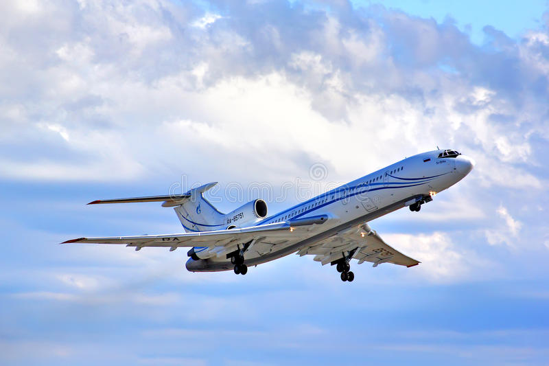 Gazprom Avia Tupolev Tu-154M fotografia royalty free