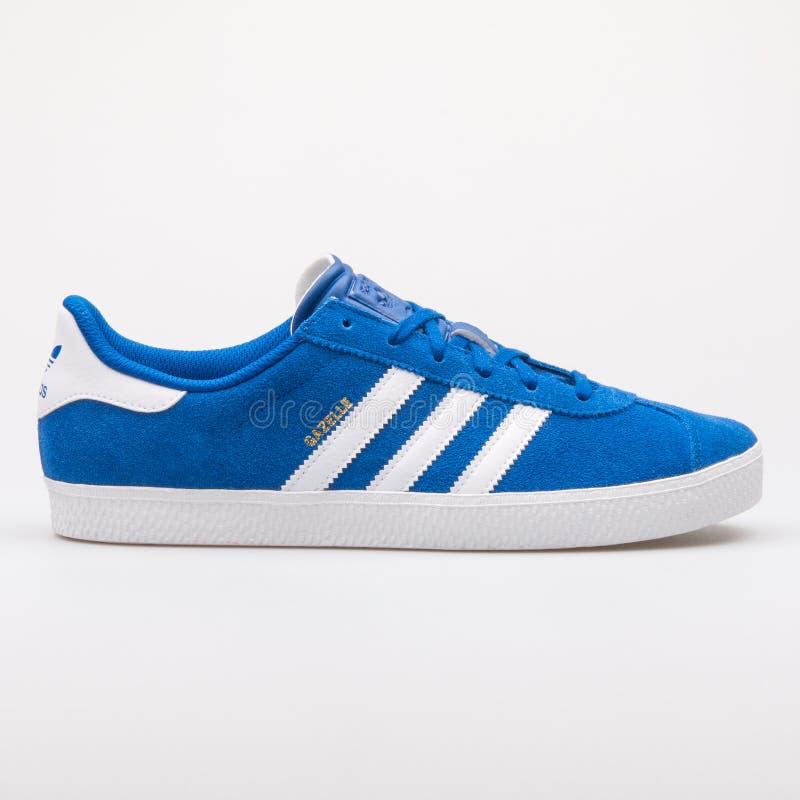 Gazzella scarpa da tennis blu e bianca di 2 di Adidas fotografie stock libere da diritti