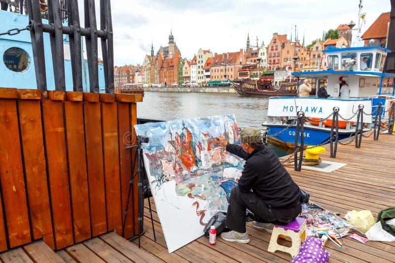 Download Gdansk Artysta Na środkowym Nabrzeżu Zdjęcie Stock Editorial - Obraz złożonej z dachy, domy: 57663673