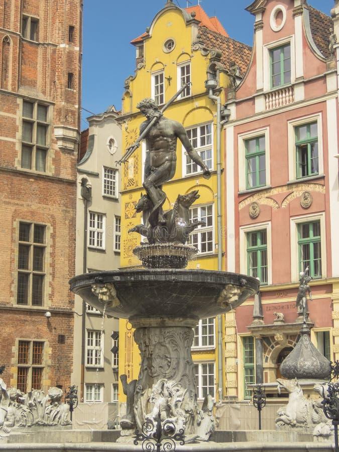 Gdansk - fuente y monumento de Neptuno fotos de archivo