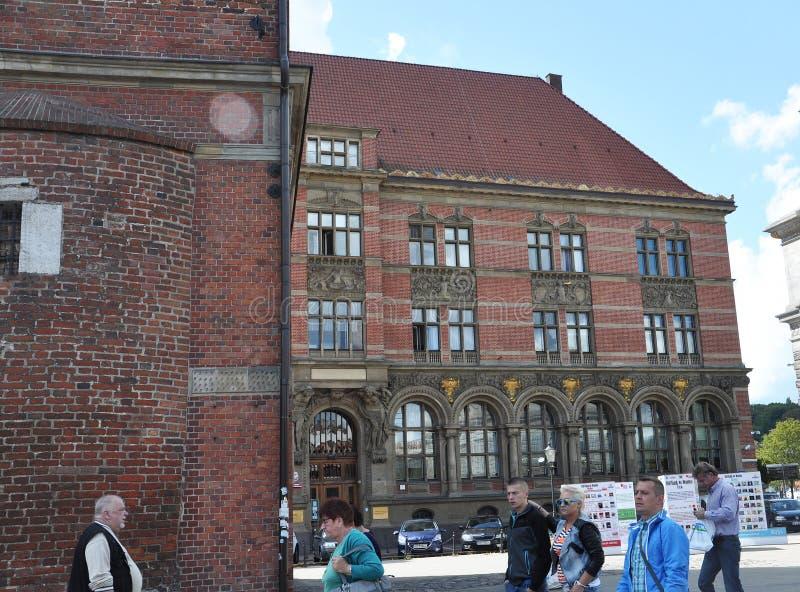 Gdansk, Polônia 25 de agosto: Construção histórica (National Bank do Polônia) em Gdansk do Polônia imagens de stock