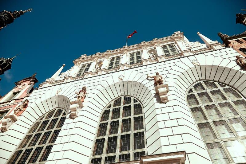 gdansk poland Artus Court fasad arkivfoto