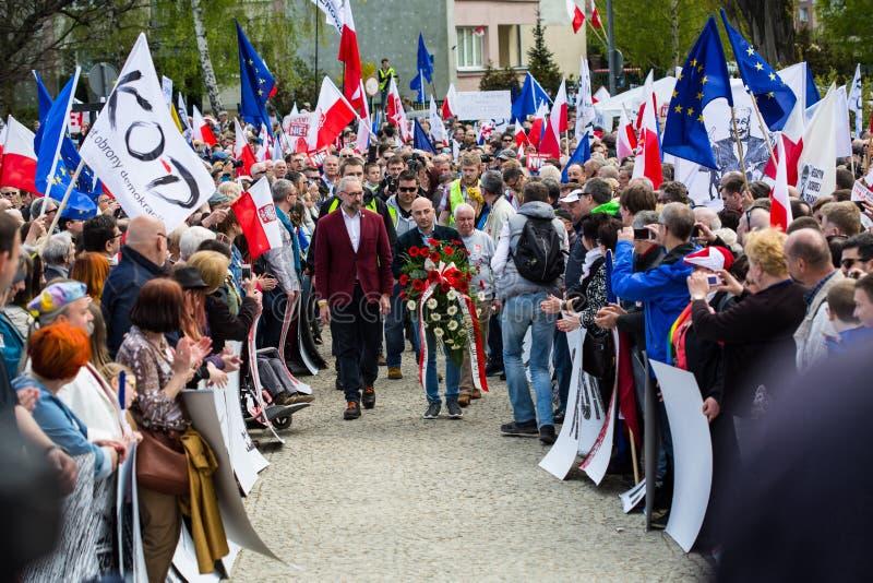 Download Gdansk Polen, 05 03 2016 - Mateusz Kijowski Och Radomir Szumel Redaktionell Fotografering för Bildbyråer - Bild av ordförande, ledare: 76701309