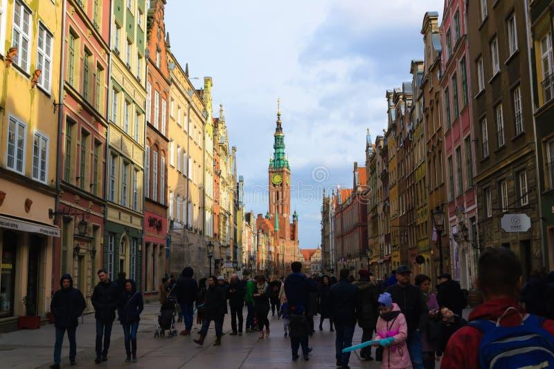 Gdansk, Polen - 25 van Maart 2019: Kleurrijke gebouwen in oud deel van Europa royalty-vrije stock afbeeldingen