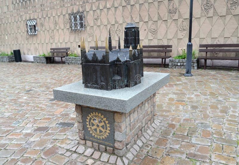 Gdansk, Polonia El modelo de una iglesia de la Virgen María del santo en la calle de la ciudad fotos de archivo libres de regalías