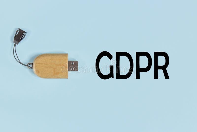 GDPR - Внезапный привод на голубой пастельной предпосылке стоковые фотографии rf