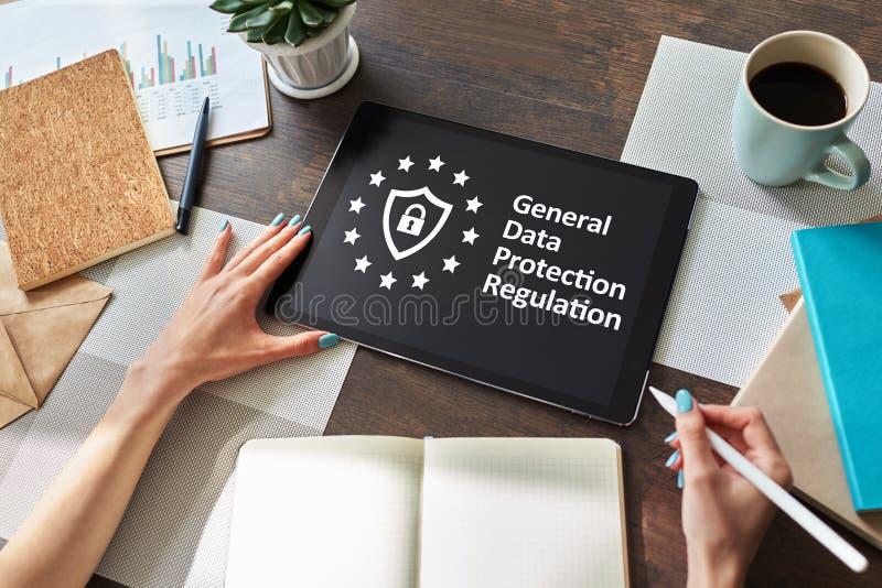 GDPR -一般数据保护章程法律 事务和互联网概念在屏幕上 库存照片