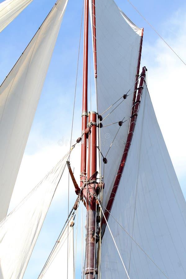 gdy tło błękitny był łódkowate łodzie mogą target188_0_ ciemne etc flaga target191_0_ hotelowi wizerunku logotypu morscy czerwoni obrazy royalty free