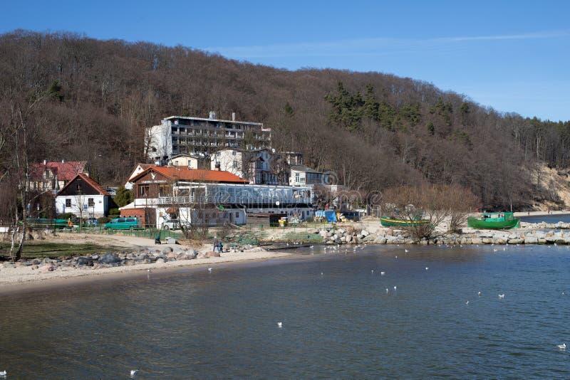 Gdynia, pomorskie/Polonia - 22 marzo, 2019: Taglierine e costruzioni sulle rive del Mar Baltico in Europa centrale un posto di fotografie stock libere da diritti