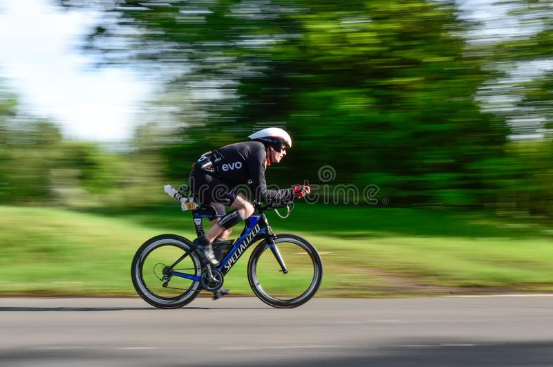 Geächteter Halbmarathon Triathlon stockfoto