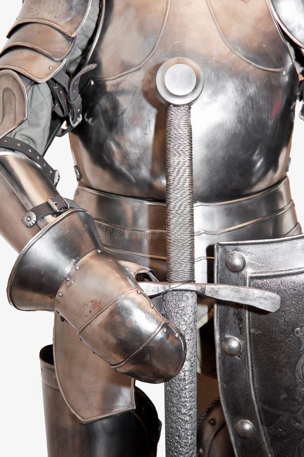 Geïsoleerd middeleeuws pantser. royalty-vrije stock fotografie