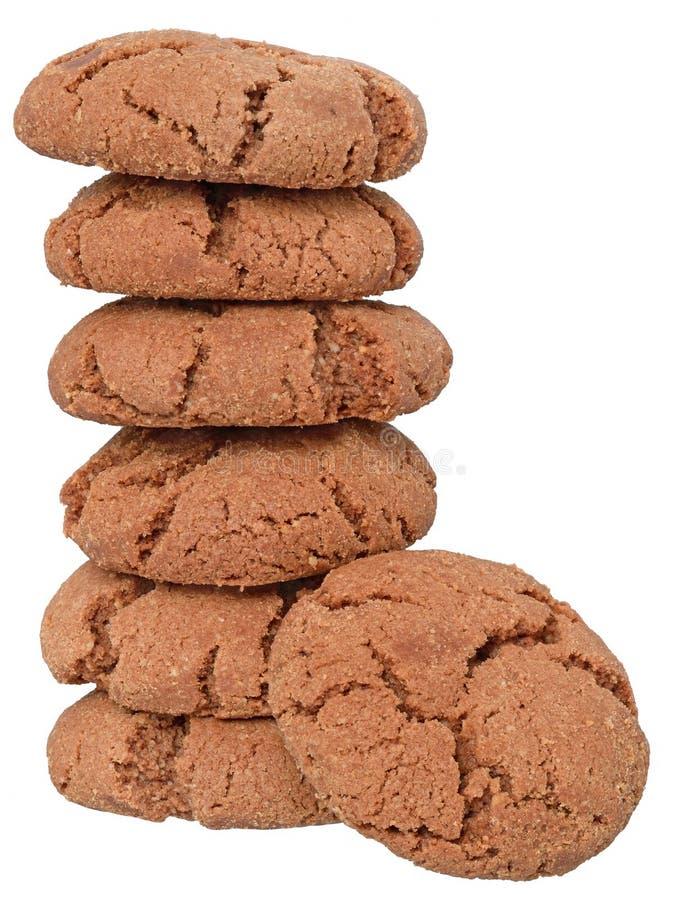 Geïsoleerde de toren van chocoladeschilferkoekjes stock afbeelding