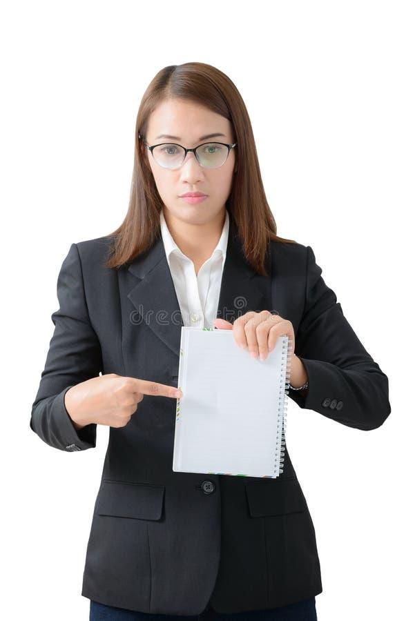 Geïsoleerde het notitieboekje van de bedrijfsvrouwenholding stock foto