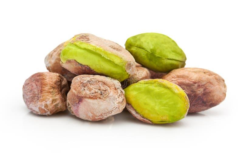 Geïsoleerde pistachenoten stock foto