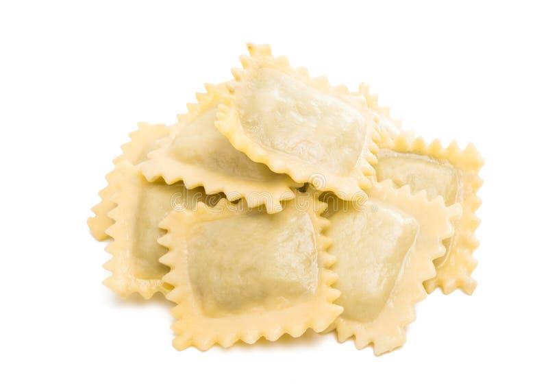 geïsoleerde ravioli stock foto