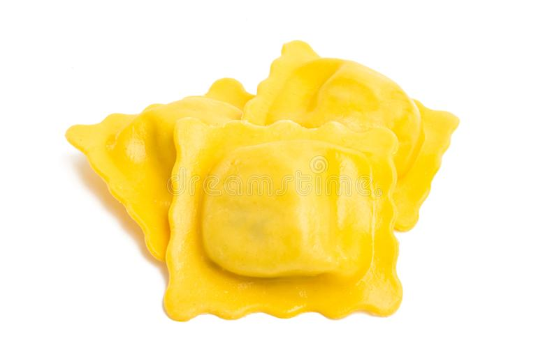 geïsoleerde ravioli stock afbeeldingen