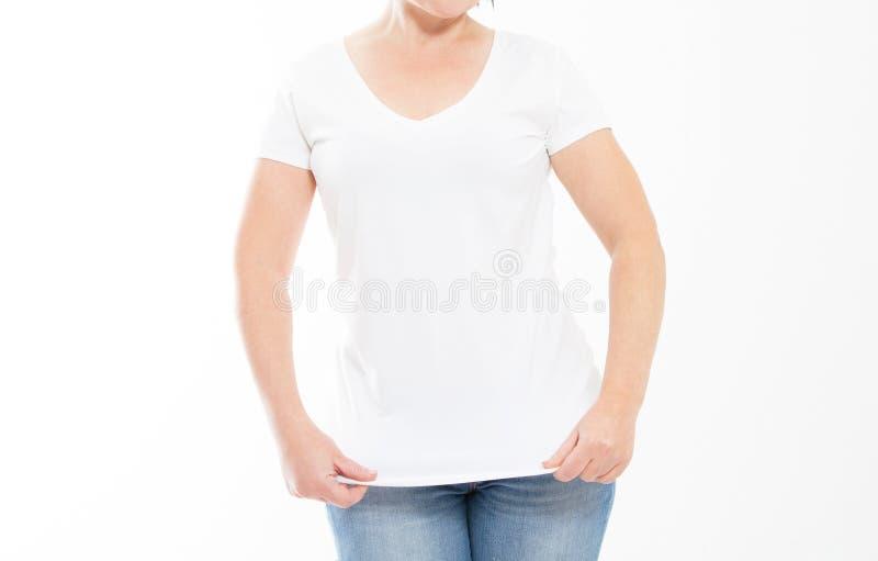 Geïsoleerde vrouw in lege witte t-shirt T-shirtspot omhoog, exemplaarruimte royalty-vrije stock foto's