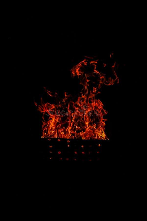 Geïsoleerdeo vlammen stock foto's