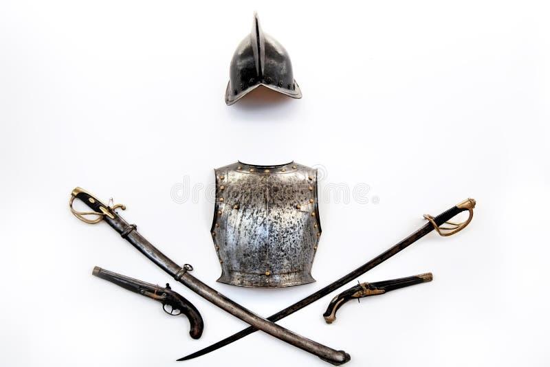 Geïsoleerdt middeleeuws pantser. royalty-vrije stock afbeelding