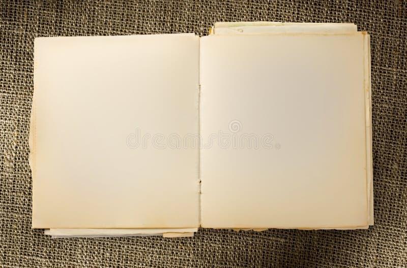 Geöffnetes altes Briefpapier stockbilder