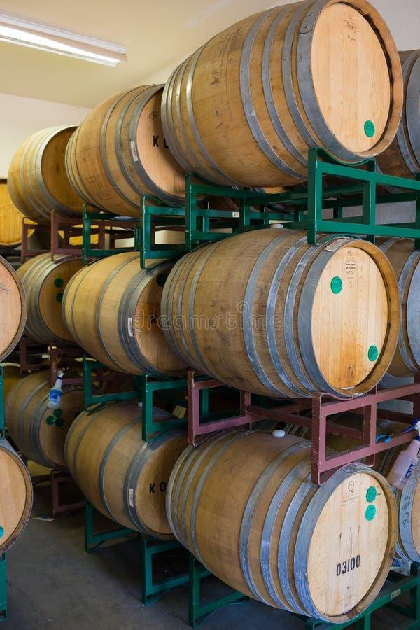 Gealterte Biere Bourbons Fass an der Brauerei lizenzfreie stockfotografie