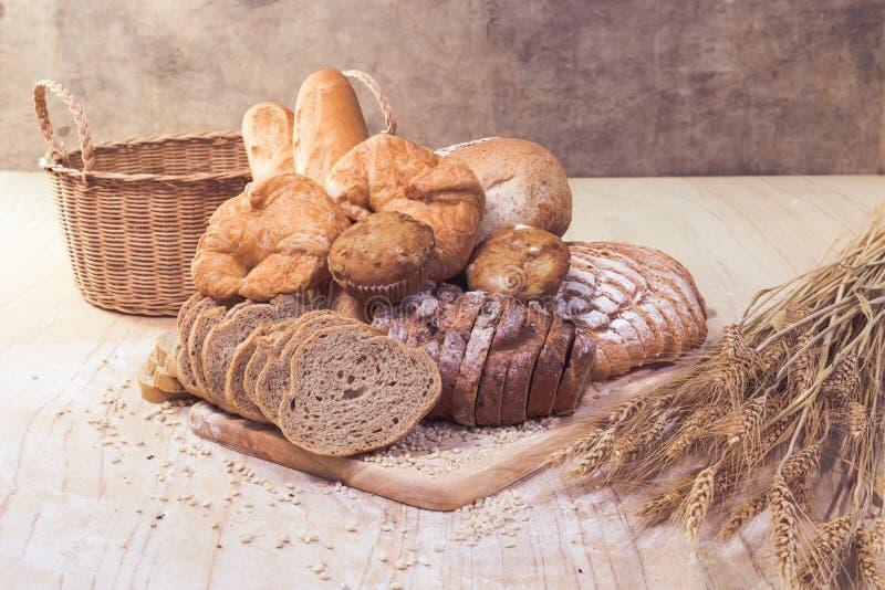 Geassorteerd brood en gebakje royalty-vrije stock foto's