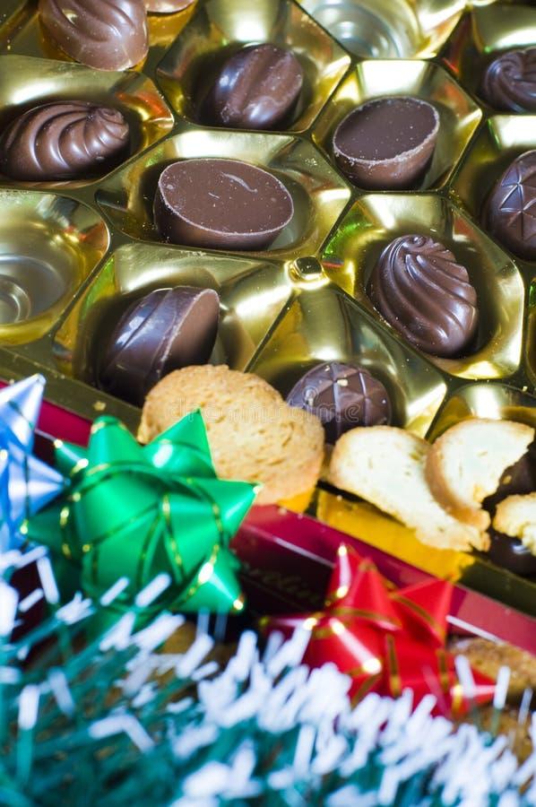 Geassorteerde chocolade in een doos stock fotografie