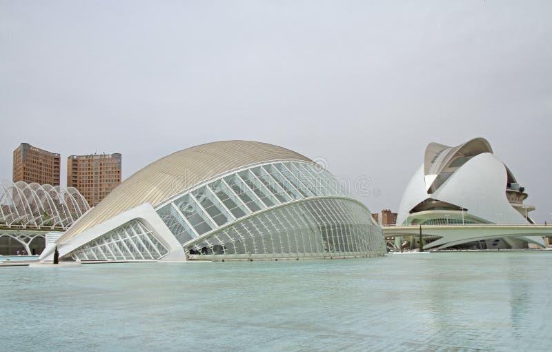 Gebäude L 'Hemisferic in der valencian Stadt von Künsten und von Wissenschaften stockfotografie