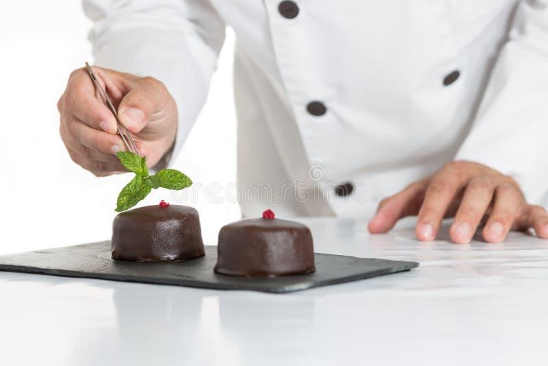 Gebäck mit einem Kuchen lizenzfreie stockfotos