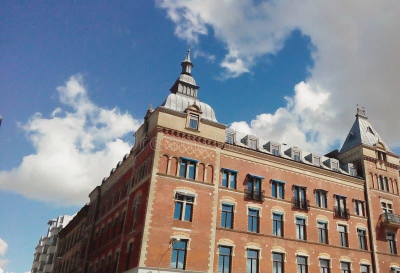 Gebäude in der Art stockfotos