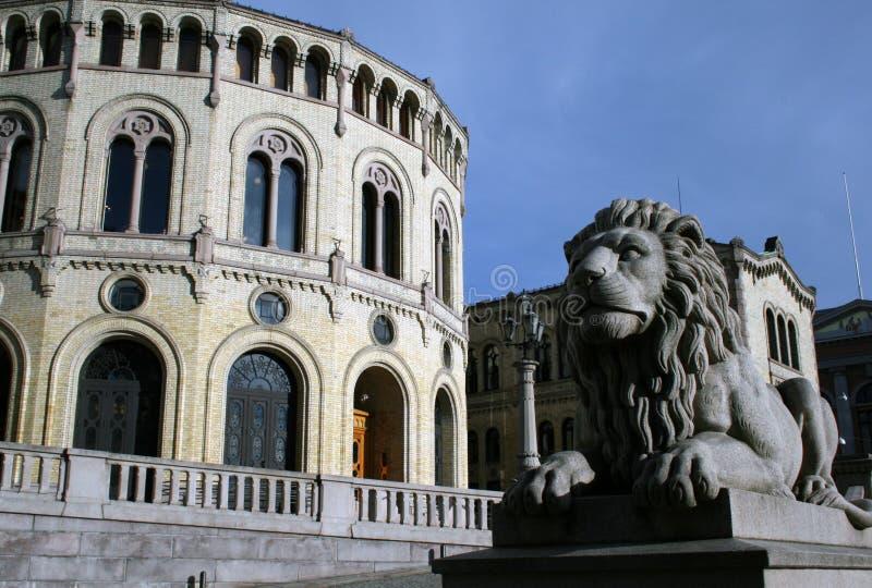 Gebäude des norwegischen Parlaments stockbild