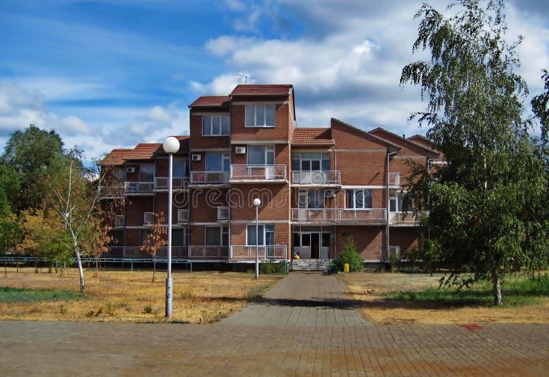 Gebäude des roten Backsteins lizenzfreies stockfoto