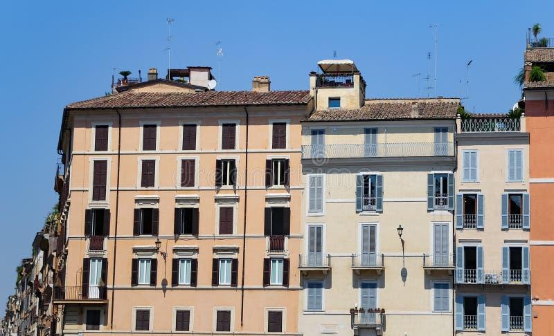 Gebäude in Piazza di Spagna, Rom, Italien lizenzfreie stockfotos