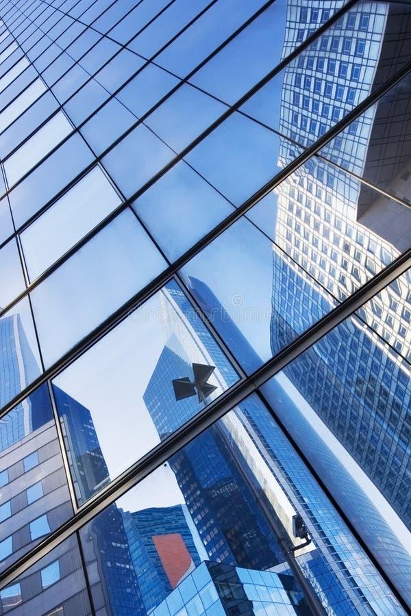 Gebäude-Reflexion stockbild