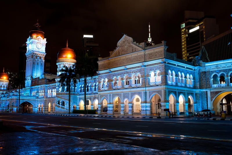 Gebäude Sultan-Abdul-Samad nachts stockfotos