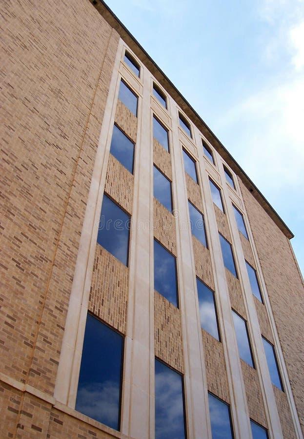 Gebäude Und Himmel Stockbilder
