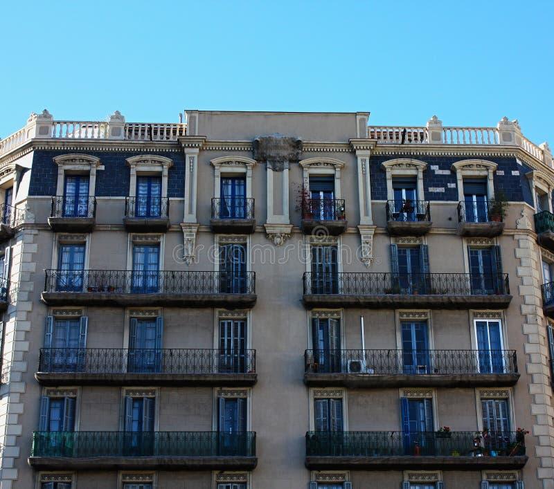 Gebäude von Barcelona stockfotos