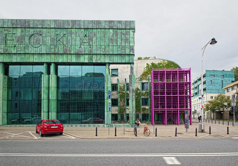 Gebäude von Warschau-Universitätsbibliothek, Polen stockbild