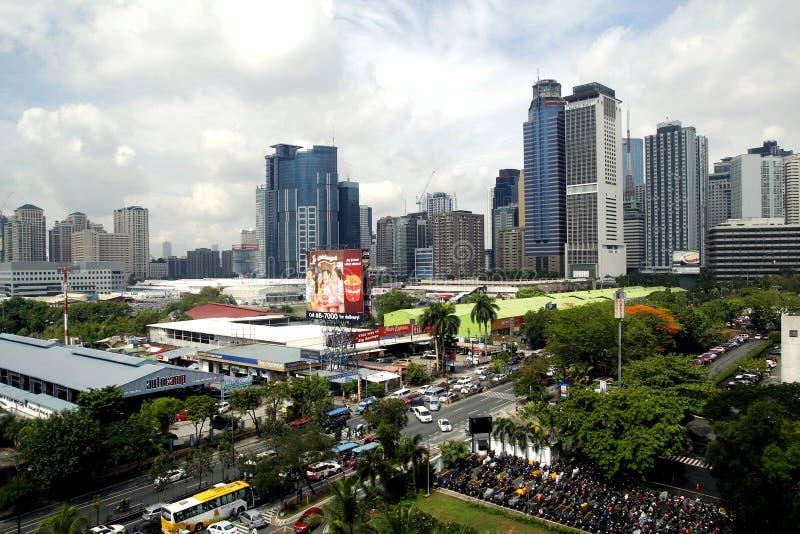 Gebäude, Wolkenkratzer und kaufmännische Unternehmen an Ortigas-Komplex in Pasig-Stadt, Philippinen lizenzfreies stockfoto