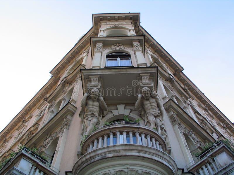 Gebäude in Zagreb lizenzfreies stockbild