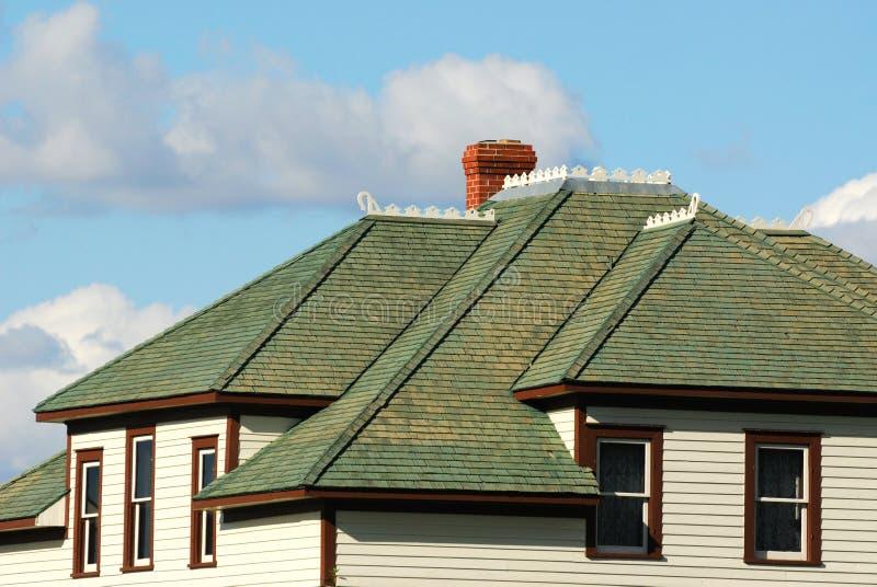 Gebäudedach stockbilder
