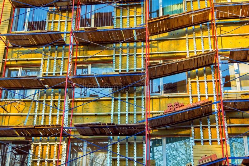 Gebäudefassadenerneuerung stockbild