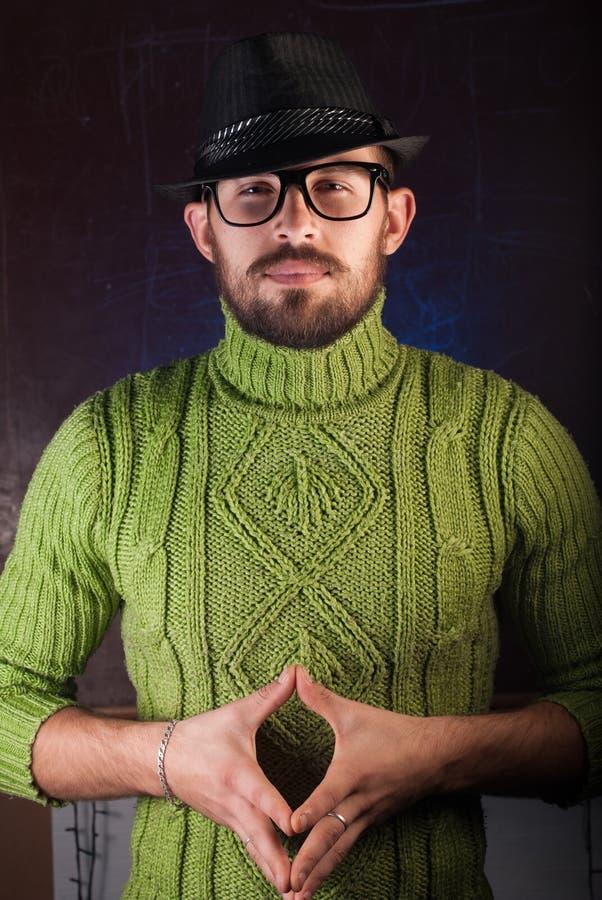 Gebaarde hipstermens in de hoed stock afbeeldingen