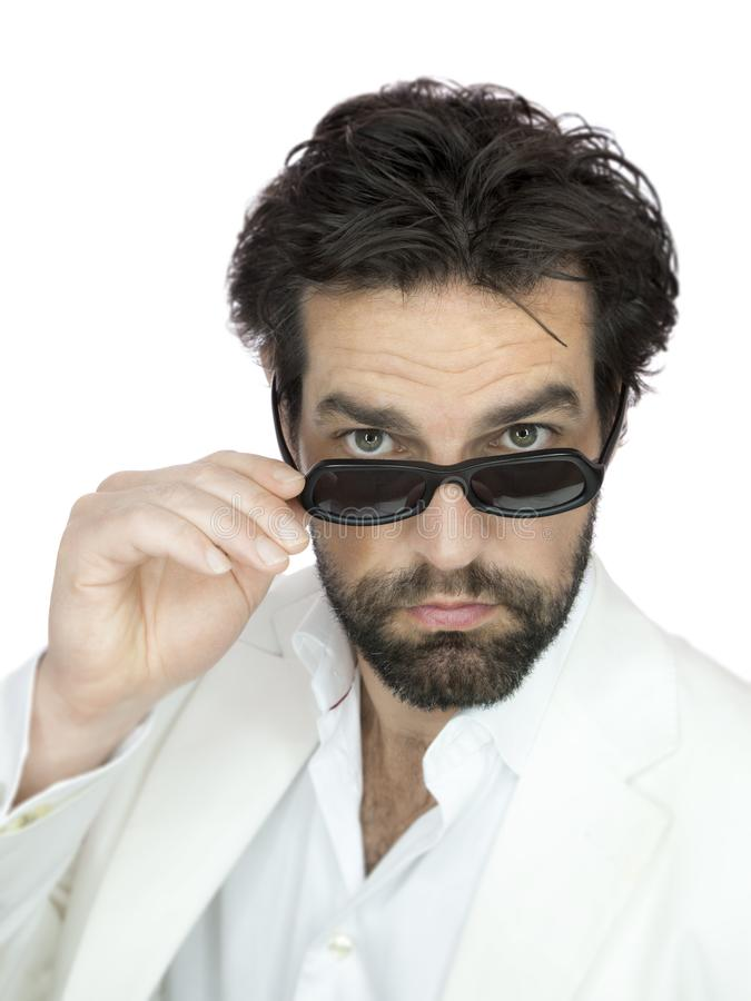 Gebaarde mens met zonnebril stock fotografie