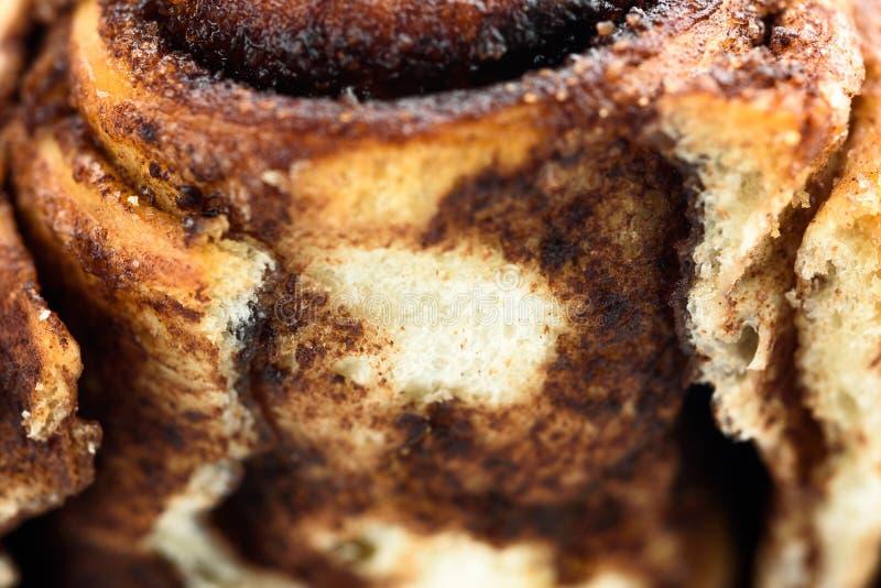 Gebackener Knochen, frisch gebacken, mit Mohnsamen-Nahrungsaufnahme Makrokost lizenzfreies stockfoto