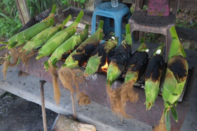 Gebackener Mais verkaufte stockbild