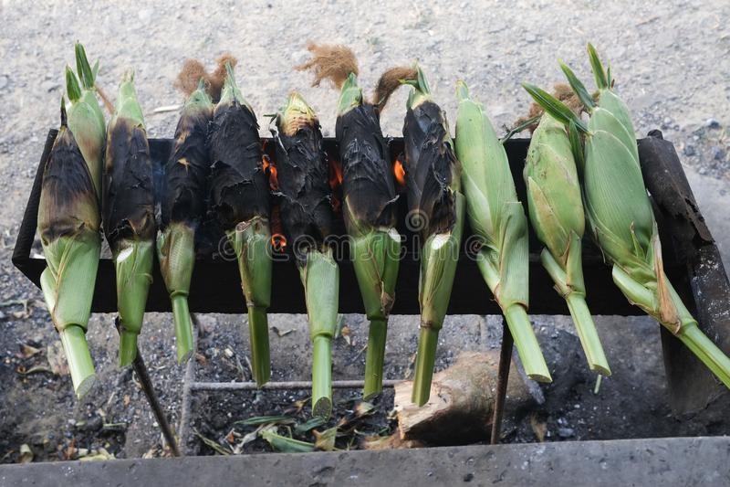Gebackener Mais verkaufte stockfoto