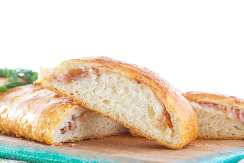 Gebackenes Brot angefüllt mit Käse stockfotografie