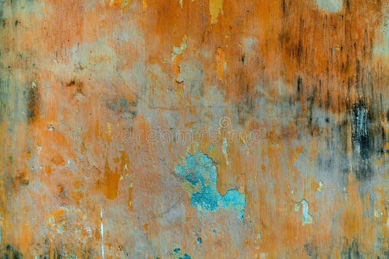 Gebarsten concrete uitstekende muurachtergrond, oude muur stock fotografie